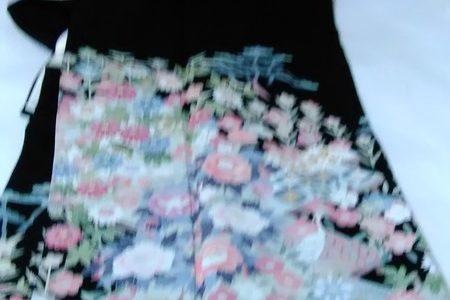 加賀友禅黒留袖…女性の正装です