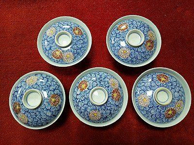 九谷焼のお茶碗と謎の壺??