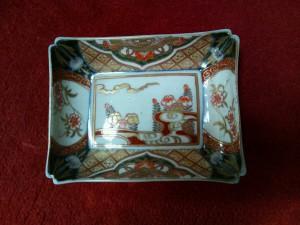 伊万里焼、錦手の角皿