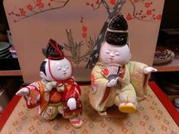優雅で愉快な御所人形、雰囲気良し