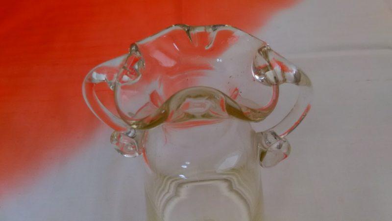 夏のガラス花瓶