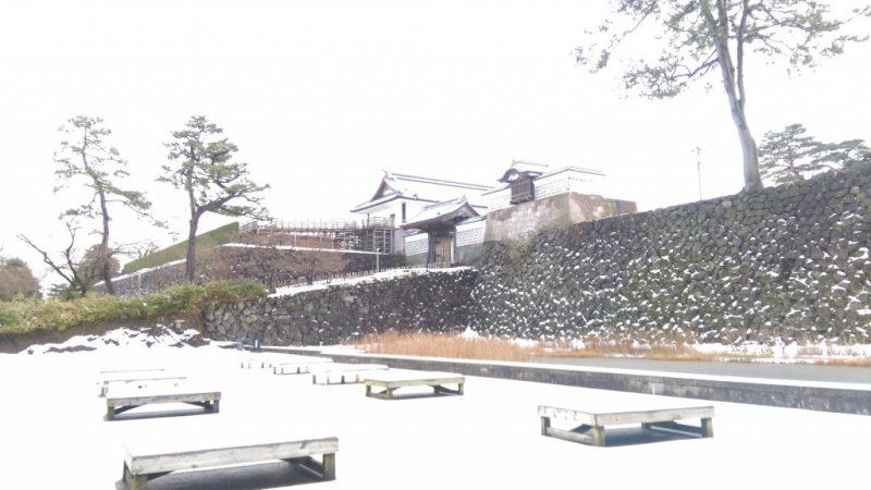 雪の金沢城址公園