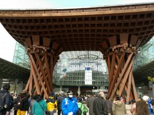 金沢駅東口門