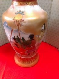 九谷焼花瓶アップ